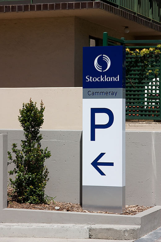totem-directional-stockland