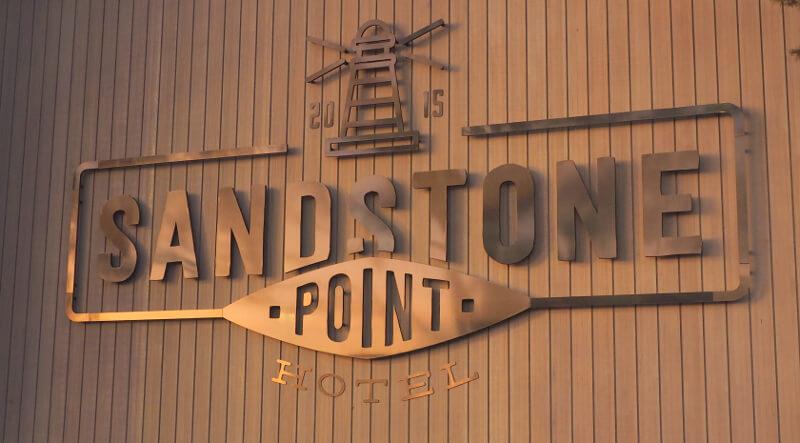 Sandstone_Point_03